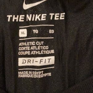 Boys Nike short sleeve tee shirt